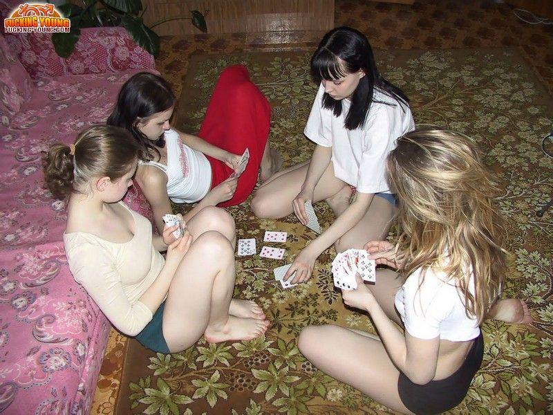 Игры в карты на раздевание видео — 7