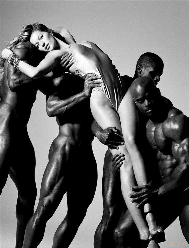 Лесбиянок несколько парней и девушка эротика фистинг туса