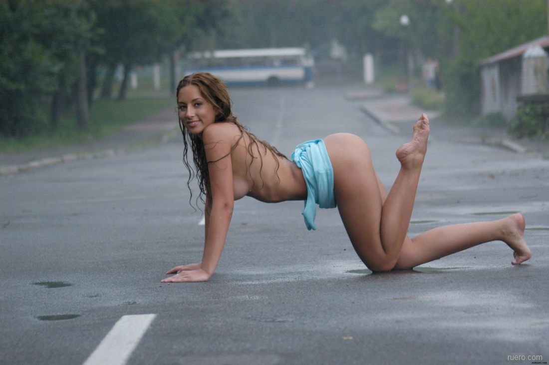 patty-gower-sexy-naked-girl-playing-in-the-rain