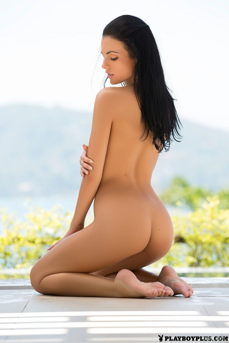 Sapphira A In Time Out By The Life Erotic