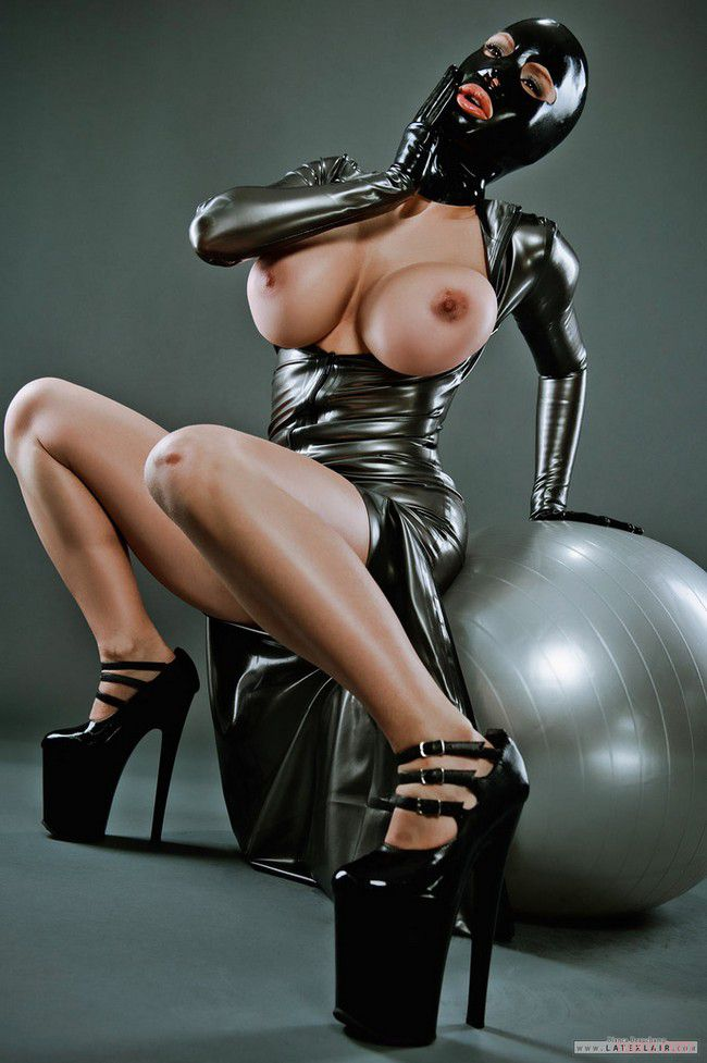 Hottest Breasts Cleavage Female Gloves Latex Images 1
