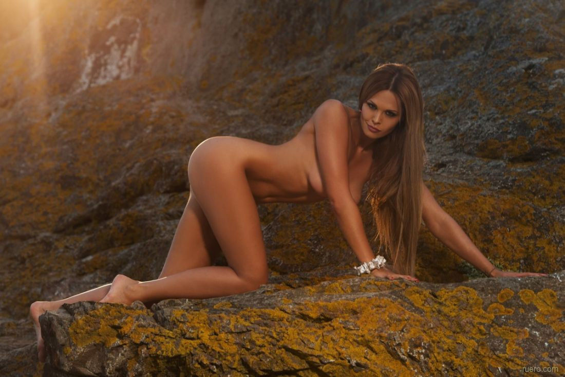 Эротические фото в трусах русских актрис
