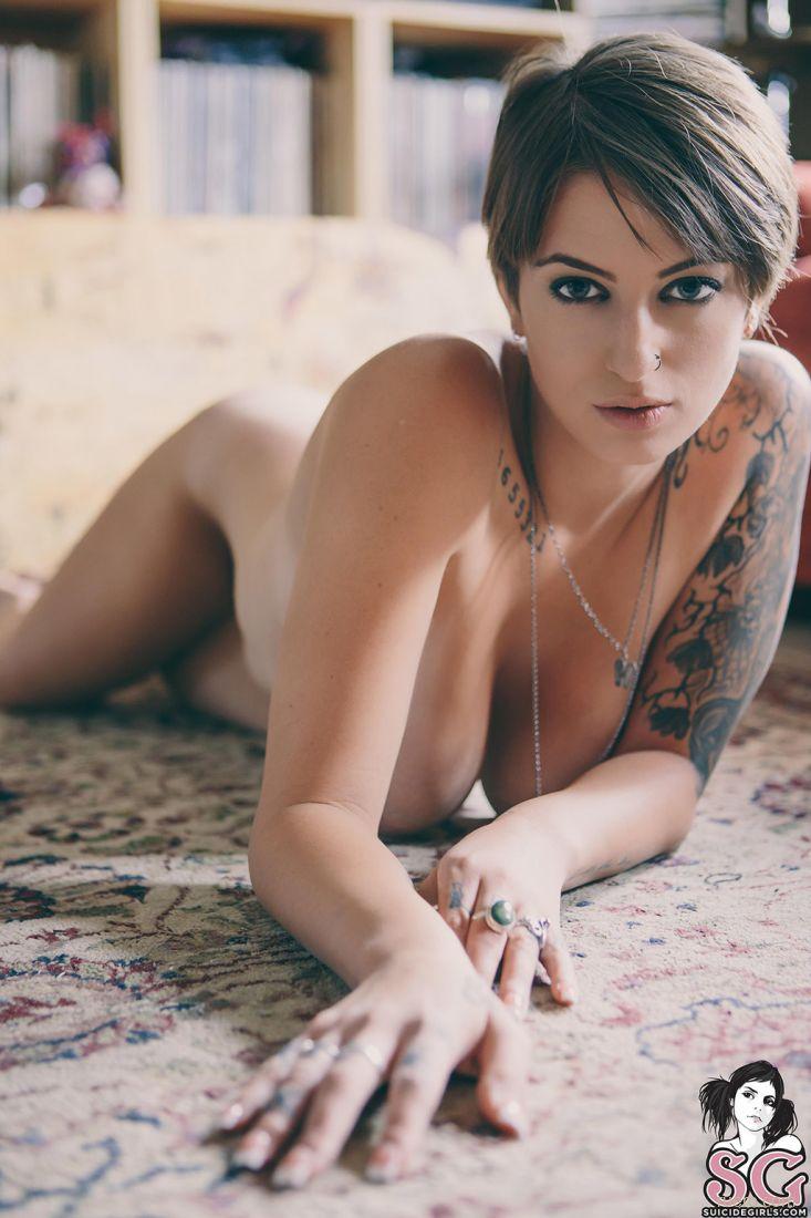Hot short haired girls naked, fuck pussy valya avi